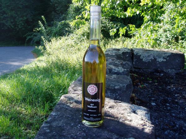 Weinessig aus Weisswein